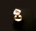pink-crystal-ring-view1_0